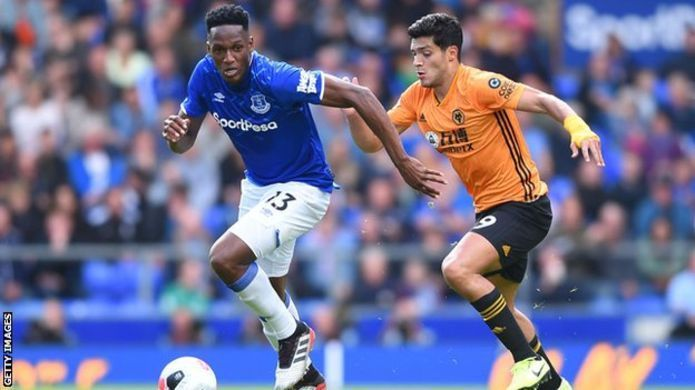 FA fines Everton defender, Mina, 10,000 for breaking betting rules