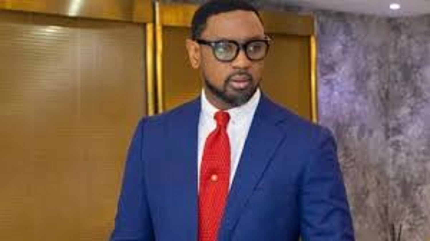 Tonto Dikeh, others celebrate Fatoyinbos victory at court